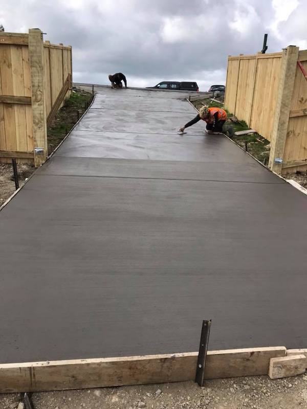 Concrete Driveway Ideas Auckland | Concrete Finishes & Colours